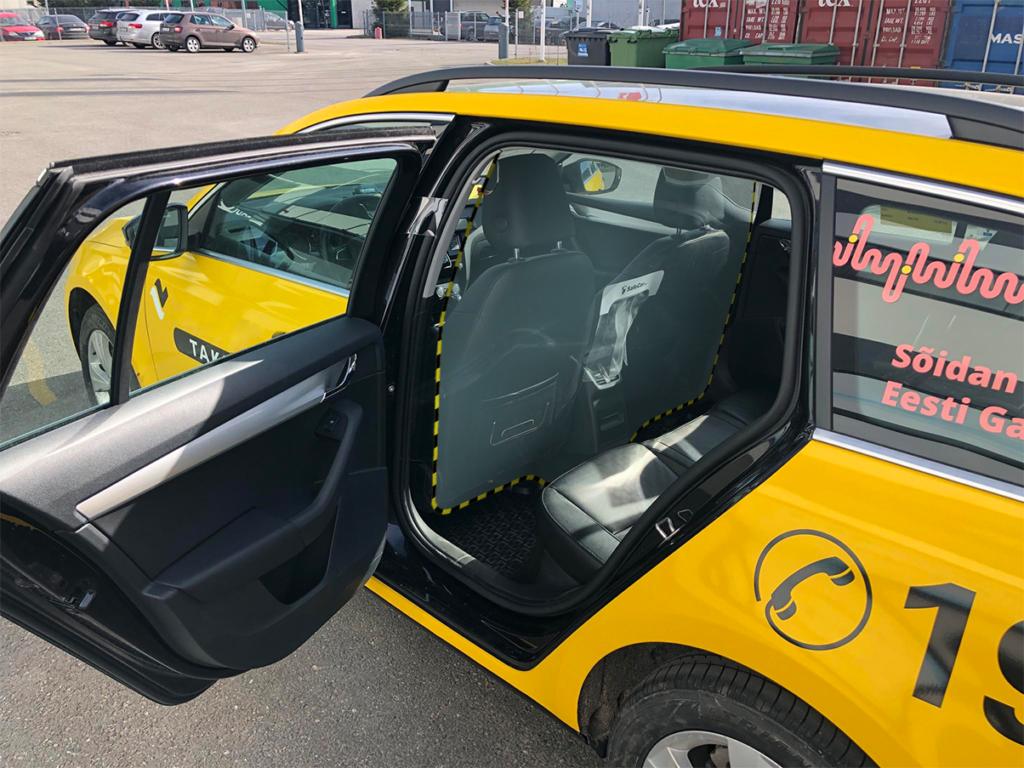Изготовление защитного экрана для такси в Москве